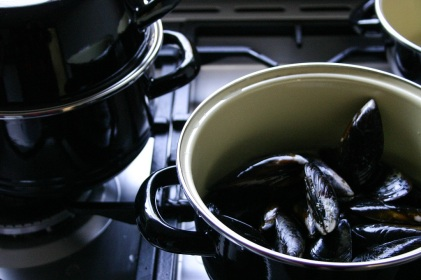 The Good Greeff- With a little white wine, steam your mussles