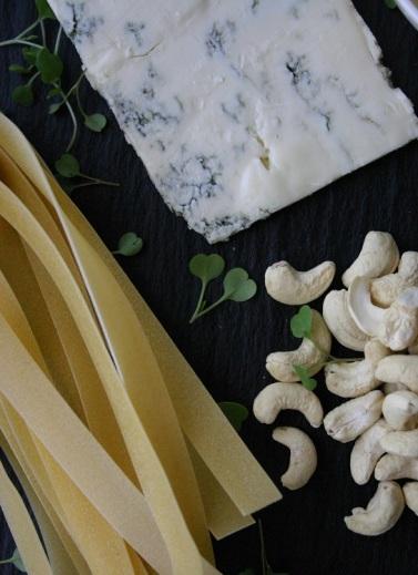 Gorgozola, Pappardelle and Cashews