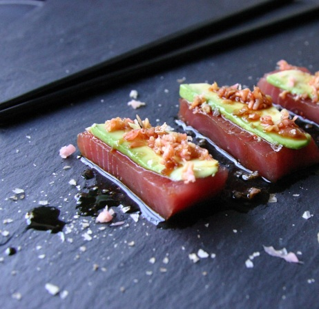 TheGoodGreeff Tuna Sashimi With Soy and Teriyaki Drizzle 0