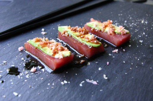 TheGoodGreeff Tuna Sashimi With Soy and Teriyaki Drizzle 3