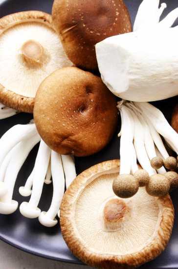 Mixed mushrooms- Shiitake, Shimeji, King oyster