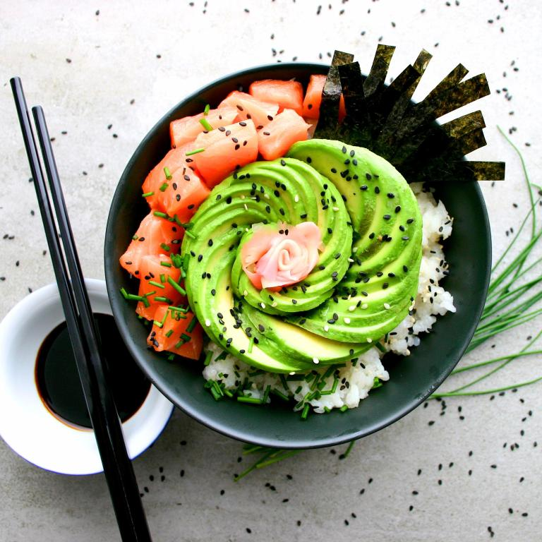 Sushi bowl with salmon avocado and nori.jpg