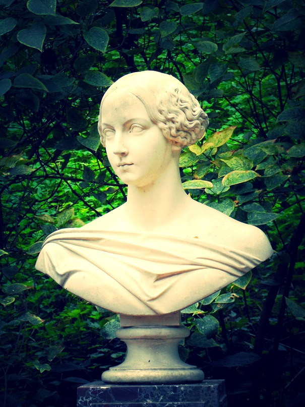 Marble bust of the Grand Duchess Alexandra
