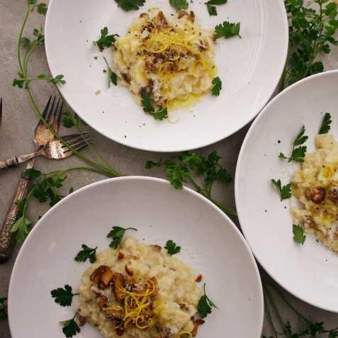 Shiitake mushroom risotto with truffle and lemon