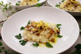 Shiitake mushroom risotto with truffle and lemon
