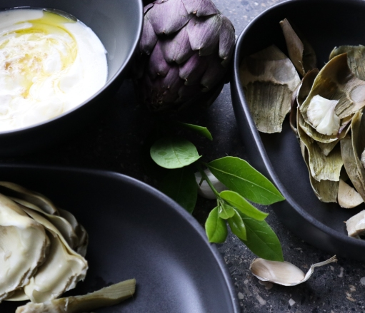 Fresh artichokes with yogurt, honey, truffle oil and smoked salt